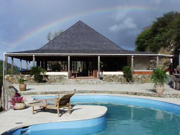La casa con piscina ad Antigua - Oficina94